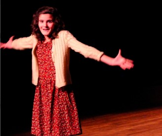 Louise Edelstein jouée par Clara Thibault