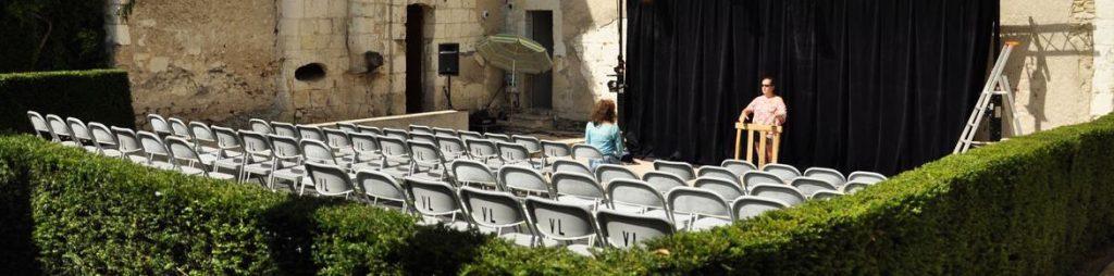 Répétition estivale... Ça change de la boîte noire du théâtre !-)